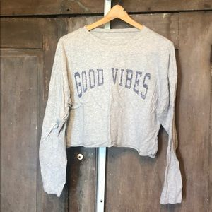 Good Vibes L/S crop tee